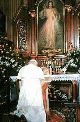 pope john paul the great at div mercy kneeling