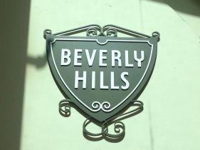 m3-roxbury-beverly-hills-sign