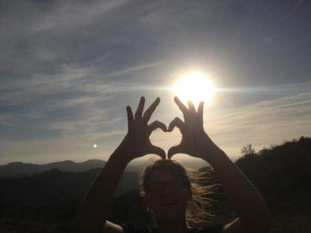 kelli burr fingers heart in the sun rosie
