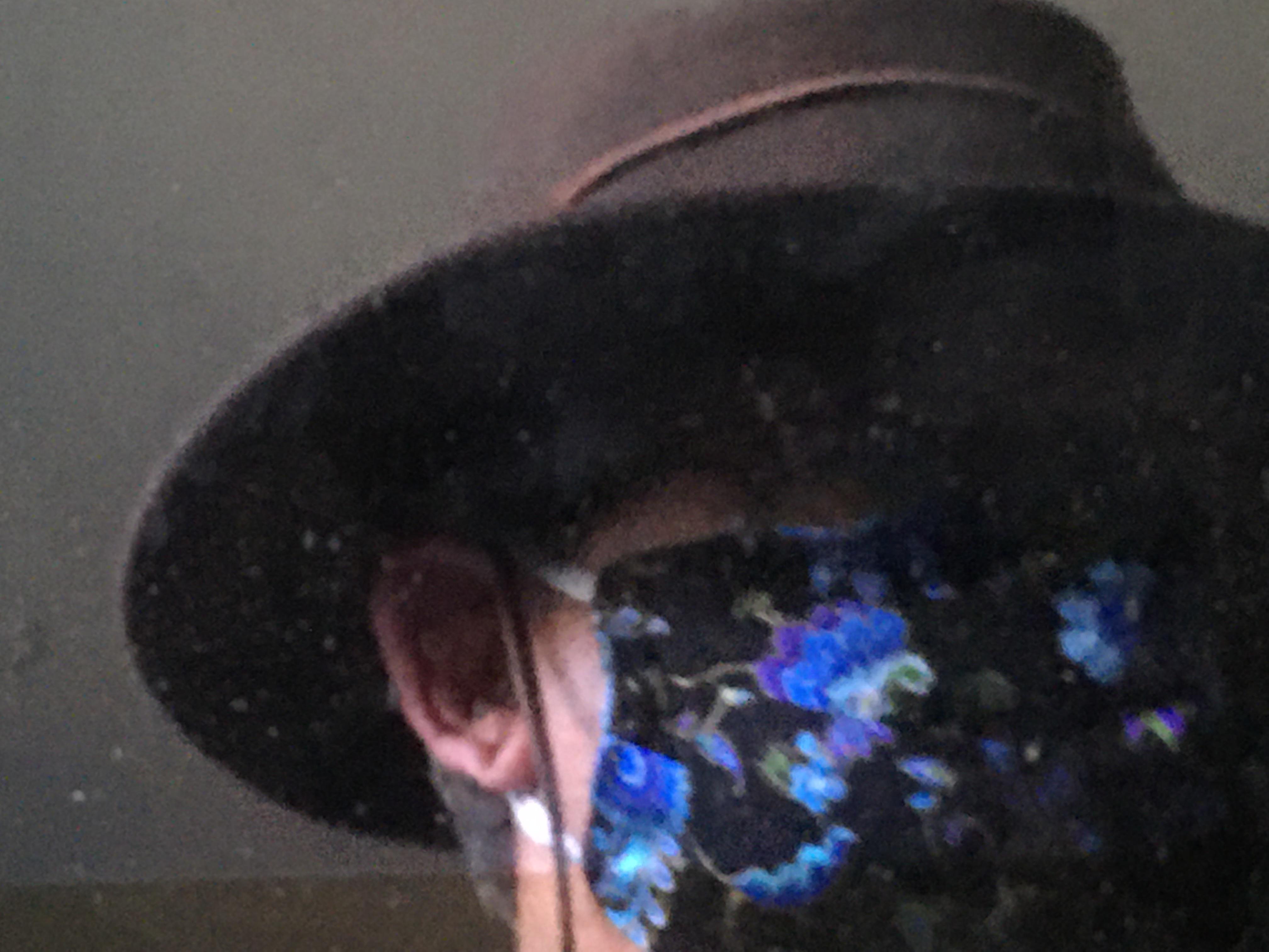 The virus hunter Masked man