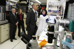 Fauci and Obama in communist china's Wuhan weapons lab